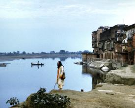 Krishna Das on the bank of the Yamuna River in India, 1971